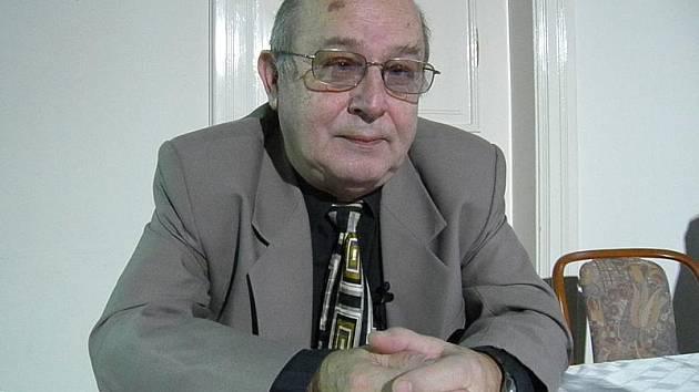 PACIENT. Ač mu byla diagnostikována cukrovka před více než dvaceti roky, Jan Černý si užívá života naplno. Jeho nejmilejším koníčkem je turistika.