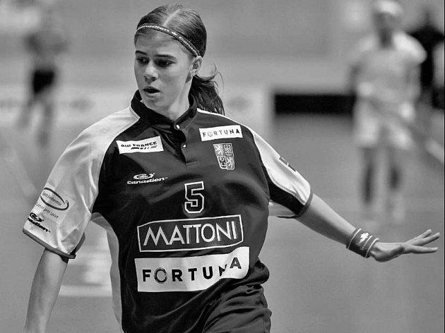 Mladá florbalistka Bohemians Praha Eliška Křížová patří k oporám reprezentačního družstva.