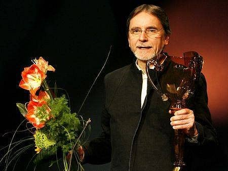 Jiří Kylián převzal v březnu v pražském Národním divadle ocenění Thálie 2006 zvláštní cenu Kolegia.