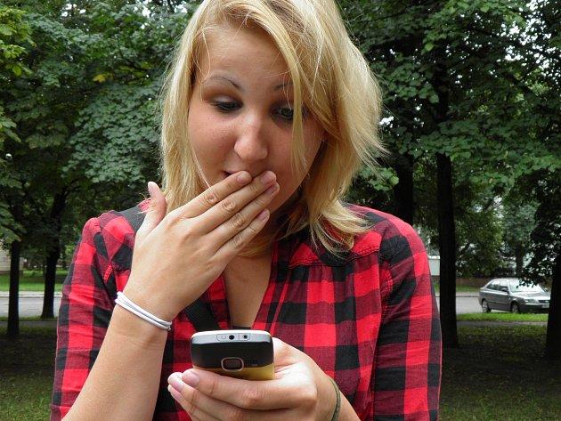 Obyvatelé Prahy 8 si mohou zažádat o zasílání speciálních SMS informací.