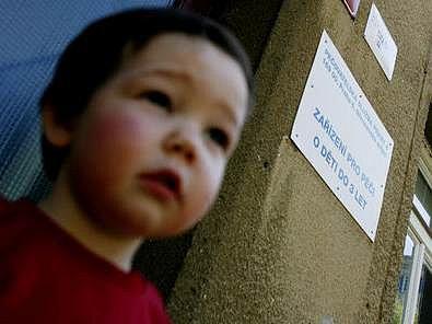 Problém jeslí je v tom, že narozdíl od mateřských škol nejsou dotovány ministerstvem.