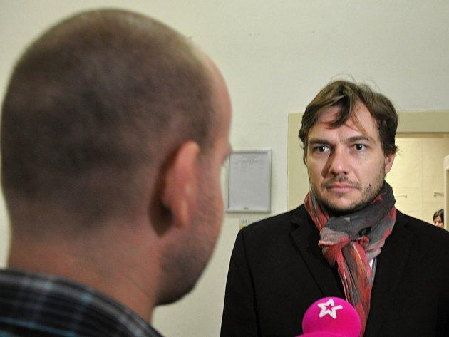Exposlanec za Věci veřejné Michal Babák u Obvodního soudu pro Prahu 1.