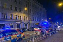 Noční požár na pražském Žižkově.
