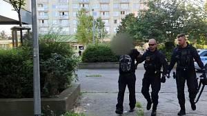 Zadržení muže podezřelého z držení drog