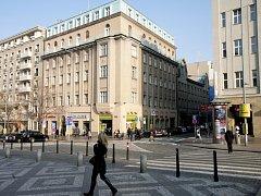 Dům na rohu Václavského náměstí a Opletalovy ulice.