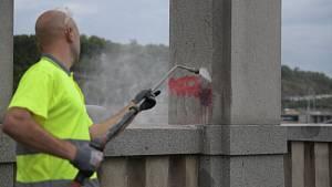 Čištění graffiti v Praze