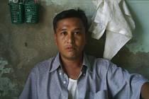 Pamětník Linn Thant na fotografii z vězení.