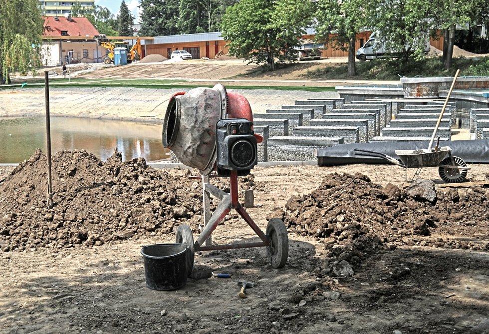 Stavební práce jsou v plném proudu