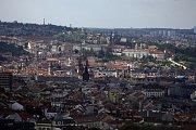 ... centrum města a Pražský hrad ...