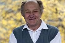 Sbormistr a dirigent Josef Zicha.