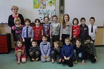 ZŠ Chvaly třída 1.A - třídní Alena Adamcová.