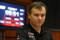 V pražském hotelu Hilton odstartoval v pondělí 5. prosince 2011 turnaj v rámci evropské pokerové série European Poker Tour Prague 2011 za účasti poraženého finalisty letošní Světové série Martina Staszka z České republiky.