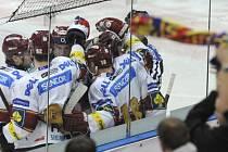 ŠEST ZÁPASŮ VE DVANÁCTI DNECH. Sparťanští hokejisté si v novém roce na malé zápasové vytížení stěžovat rozhodně nemohou.