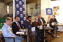 Spuštění projektu se zúčastnil například bývalý ministr Martin Bursík, bratr prvního porevolučního prezidenta Ivan Havel nebo ředitel Národní knihovny v Praze Jiří Fajt.