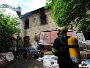 Požár vybydleného domu.