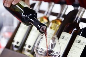 Vinohradské vinobraní na náměstí Jiřího z Poděbrad 12.září.