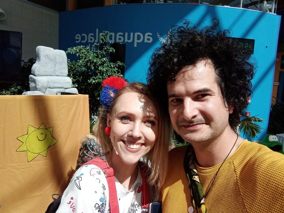 Reportér Jan Prokeš navštívil Aquapalace Praha, které čeká na první návštěvníky po koronavirové pauze.