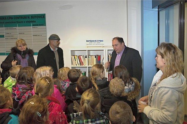 Nová knihovnička v poliklinice Lípa Centrum Nové Butovice.