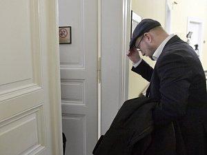 Michal Hala u soudu.