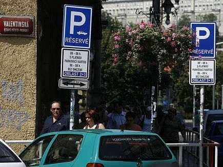 Oficiální seznam pražských ulic vyhrazených pro placené stání můžete natít na webových stránkách magistrátu.