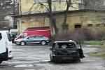 16.3  nad ránem zřejmě vozidlo opuštěno posádkou cestou na nádraží v Muzikově ulici…