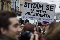 Oslavy 25. výročí sametové revoluce 17. listopadu v Praze.
