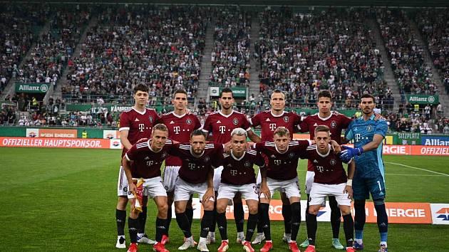 Fotbalisté Sparty začali boj o Ligu mistrů na hřišti vídeňského Rapidu.