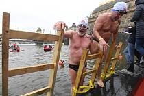 Dvaasedmdesátý ročník Memoriálu Alfreda Nikodéma v Praze se startem i cílem na severním cípu Slovanského ostrova přilákal 26. prosince 2018 rekordní počet otužilců.