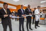 Nový urgentní příjem pro dospělé s celkem 27 lůžky ve Fakultní nemocnici Motol v Praze.