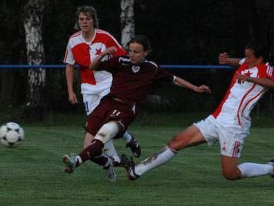 V 18. kole první ligy se radovaly fotbalistky Sparty z výhry na Slávií 1:0.