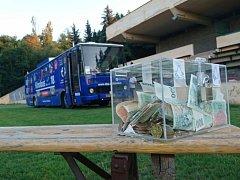 Kinobus je nejenom bezplatné letní kino, ale také dobročinný projekt.