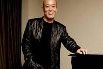 Skladatel Joe Hisaishi /Joe Hisaiši/.