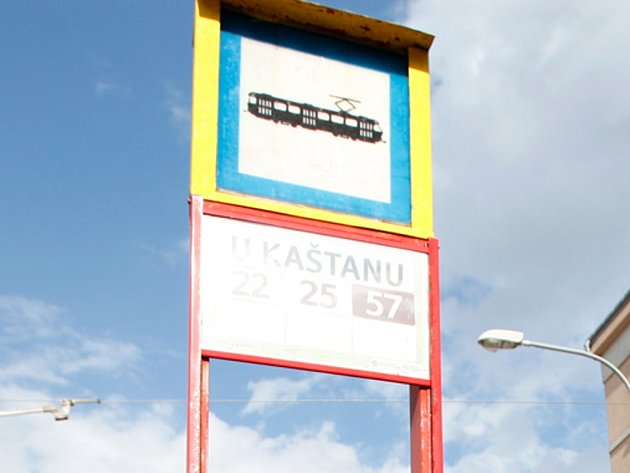 Tramvajová zastávka U Kaštanu v pražském Břevnově.