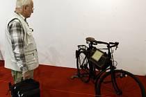Z výstavy historických bicyklů v Nákupním centru Eden v Praze.