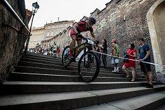 Tradiční cyklistický závod Pražské schody proběhl 17. května na pražské Malé Straně.