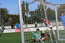 Úvodní kvalifikace Superligy malého fotbalu do 23 let vyhrály týmy Brna a pražského Staropramenu.