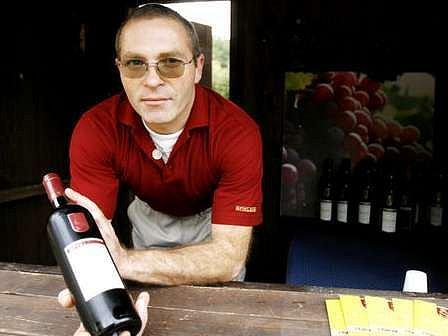 Zajímá vás, jak vypadá rytířský turnaj o šátek Blanky z Valois? Pak se přijďte podívat na pražské vinobraní.