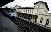 Nově zrekonstruovaná budova nádraží Praha-Vršovice byla slavnostně otevřena 10. října.