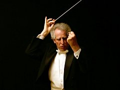 Dirigent Boston Philharmonic Youth Orchestra Benjamin Zander.