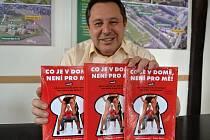 Kniha Evžena Korce (na snímku) a Milana Jankovského Co je v domě, není pro mě!