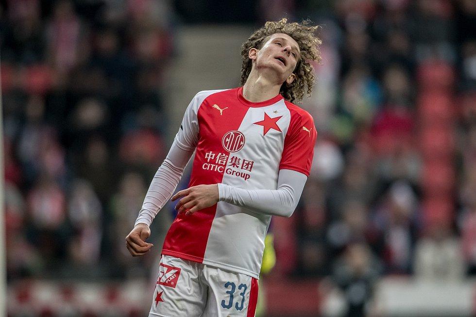Zápas 28. kola Fortuna ligy mezi Sparta Praha a Slavia Praha, hraný 14. dubna v Praze v Sinobo stadium. Alex Král ze Slavie