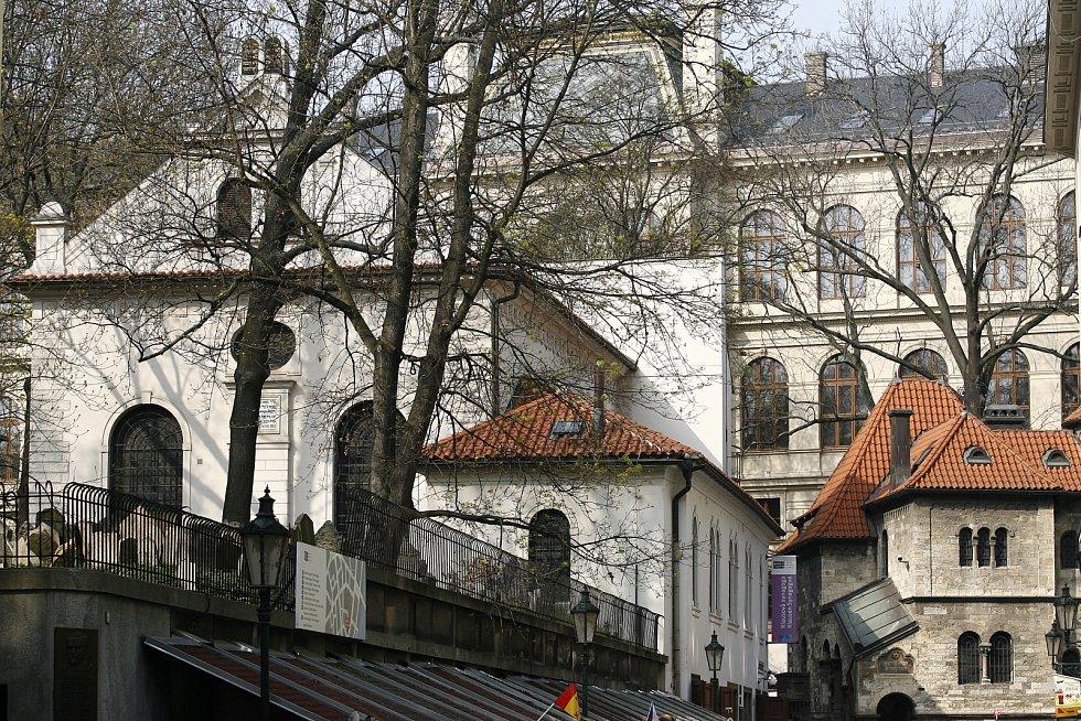 Klausová synagoga je dosud největší synagogou v prostoru bývalého pražského ghetta a zároveň jediný zdejší dochovaný příklad raně barokního slohu.