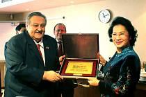S předsedkyní Národního shromáždění VSR.