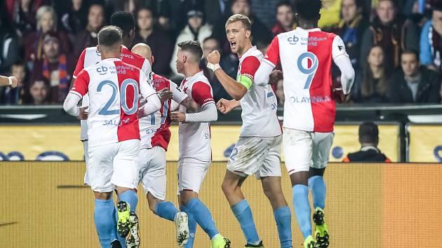 Zápas 14. kola FORTUNA:LIGY mezi Sparta Praha a Slavia Praha, hraný 4. listopadu v Praze. Radost slávistů.