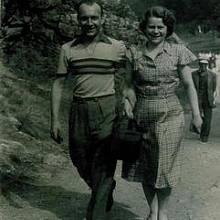 Ve 24 letech se Hedvika provdala za Bohumila Mikuláše, neslyšícího fotbalového reprezentanta.
