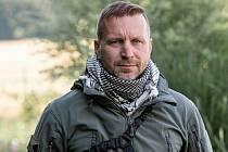 Eduard Krainer působil v Afghánistánu v roce 2013, jeho úkolem bylo zjišťování bezpečnostních informací v souvislosti s ochranou českých a spojeneckých vojáků.