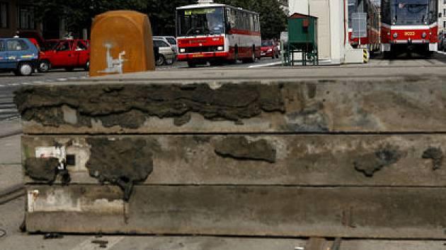 STAVENIŠTĚ. Uzavírka ulice Milady Horákové se bude týkat úseku od ulice Badeniho u Hradčanské až k ulici U Sparty.