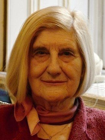 Jedna znejstarších pražských studentek univerzity třetího věku - jedenadevadesátilá Soňa Rybičková.