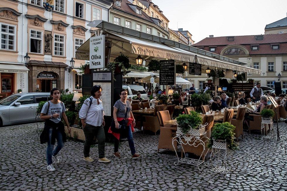 Zahrádky restaurací v centru Prahy