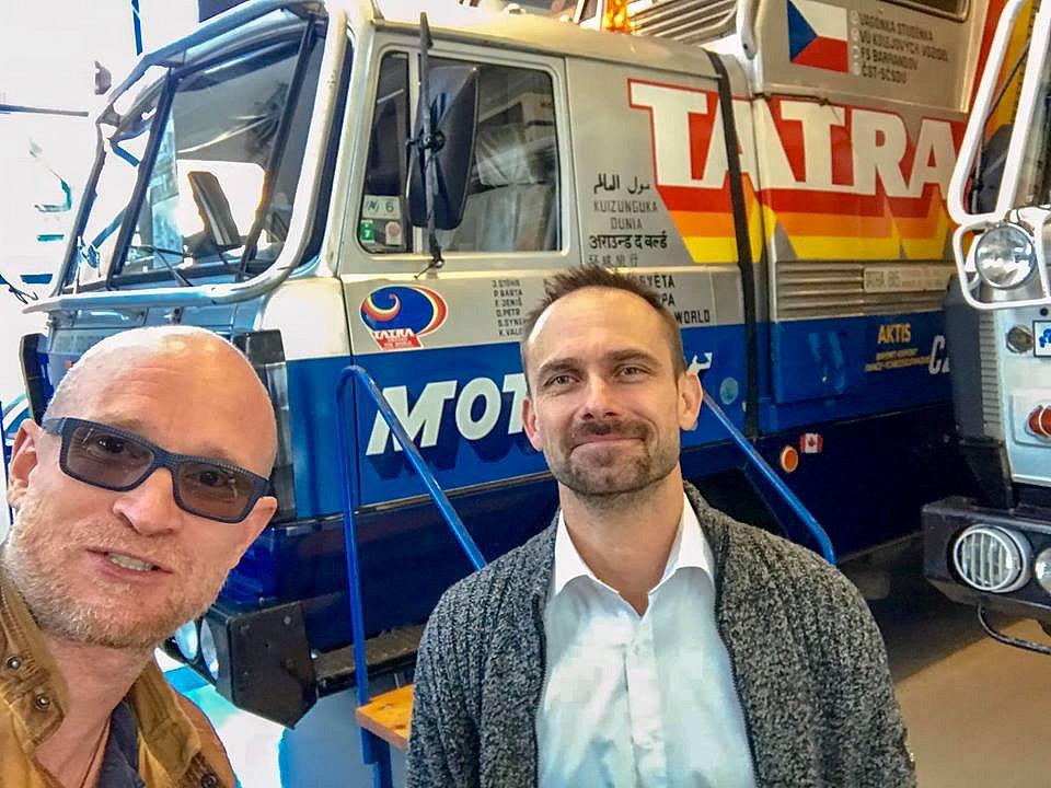 Marek Havlíček a Petr Holeček se chystají navázat na slavnou expedici Tatra kolem světa.